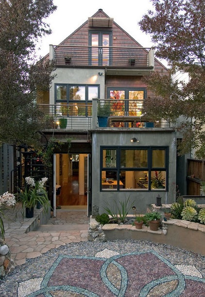 I think this house would home me perfectly, in SF, hehe! | eclectic exterior by Jeff King & Company
