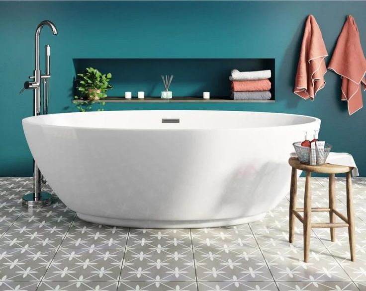 Mode Harrison - Victoria Plumb in 2020 | Big bathrooms ...