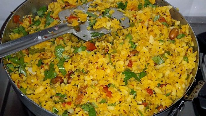 Mixed vegetable poha | Recipe (With images) | Vegetable recipes, Breakfast  recipes indian, Healthy breakfast recipes