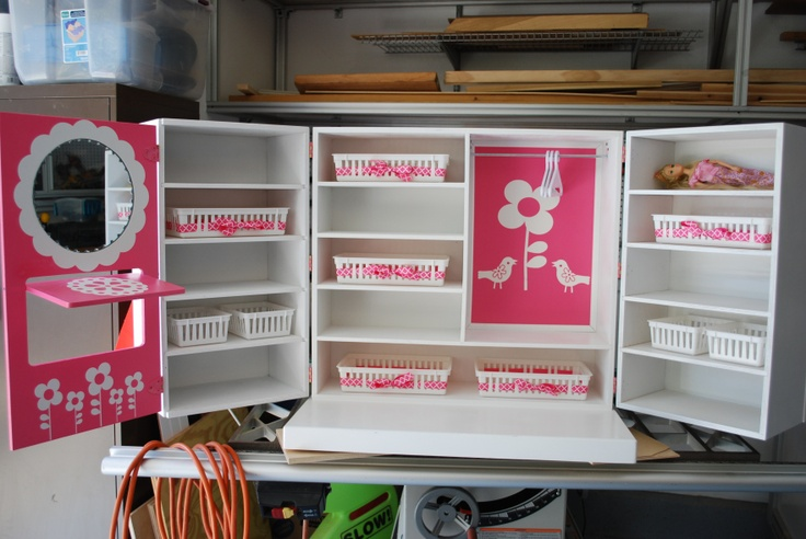 DIY Doll Wardrobe