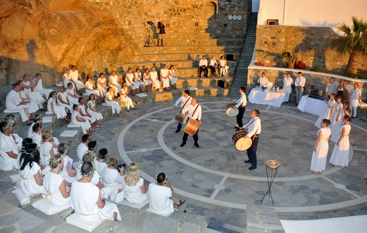 Artist performance at the amphitheater - Mykonos Grand Hotel & Resort