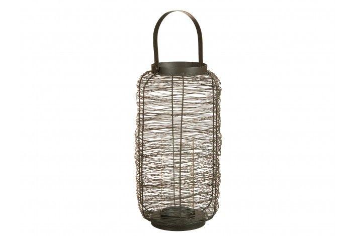 Original diseño de #candelabro metálico con asa. Medidas: 18x18x40 cm. | #IdeasParaDecorar #Merkamueble
