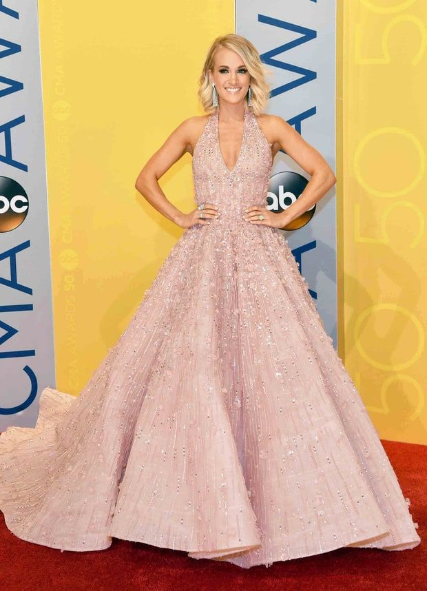 Carrie Underwood in Michael Cinco - 2016 CMA's