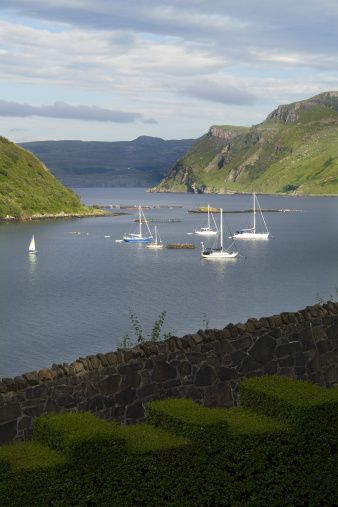 ⚓ Sailboats of Portree, Isle of Skye, Highlands, Scotland.