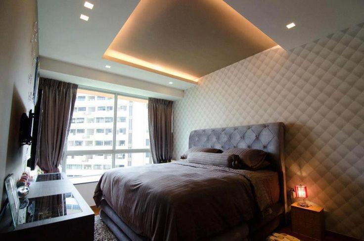 Wygodna sypialnia, duże łóżko, królewskie łoże. Zobacz więcej na: https://www.homify.pl/katalogi-inspiracji/12399/pomysly-na-dekoracje-sypialni