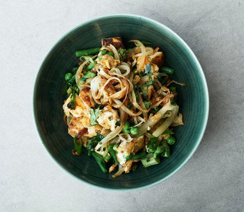 How to Make Gwyneth Paltrow's Delicious Gluten-Free Singapore Rice Noodles from InStyle.com