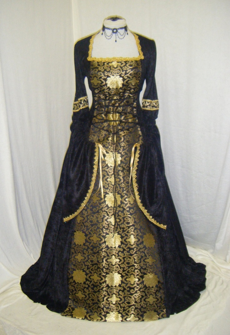 medieval renaissance tudor gothic dress. $224.00, via Etsy.