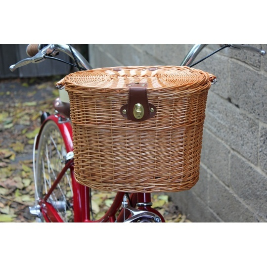 Wicker basket with lid from Papillionaire
