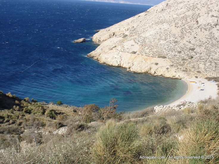 Baska is adorned with numerous sand and pebble beaches, such as Vela plaza (pebble beach with a Blue Flag), Bunculuka beach (naturist camping site, the beach is pebbly) and Oprna beach.