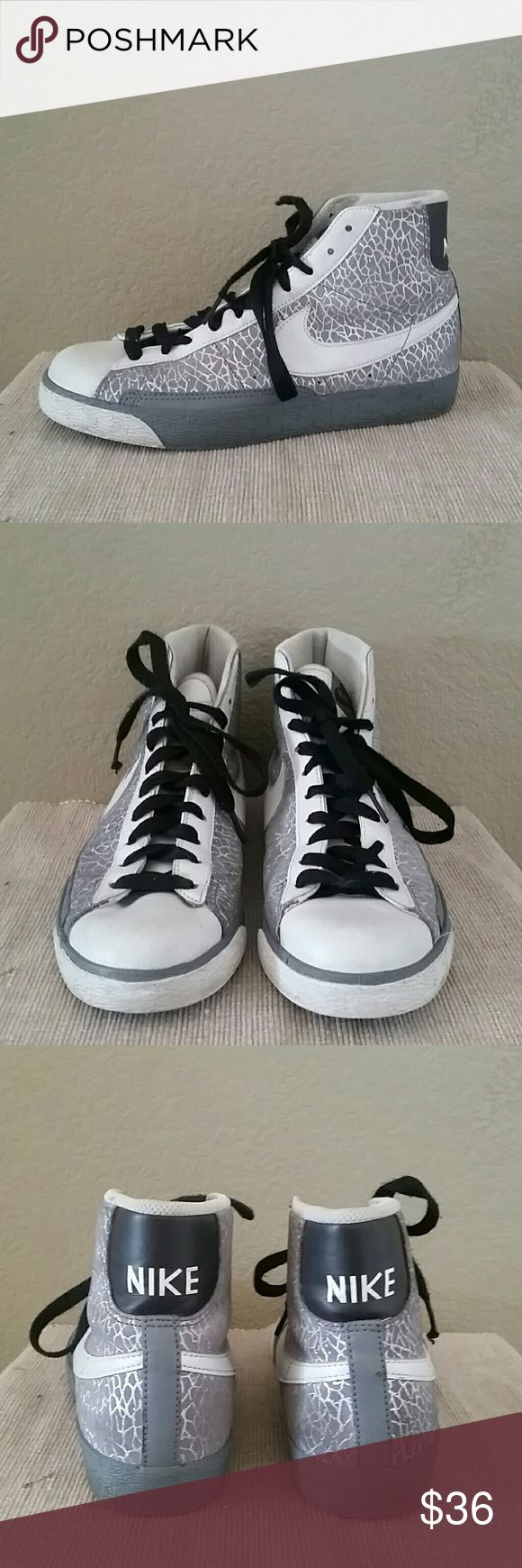 Nike gray silver metallic hi top sneakers 8.5 Nike hi top sneakers, size 8.5, gray silver white, preowned Nike Shoes Athletic Shoes