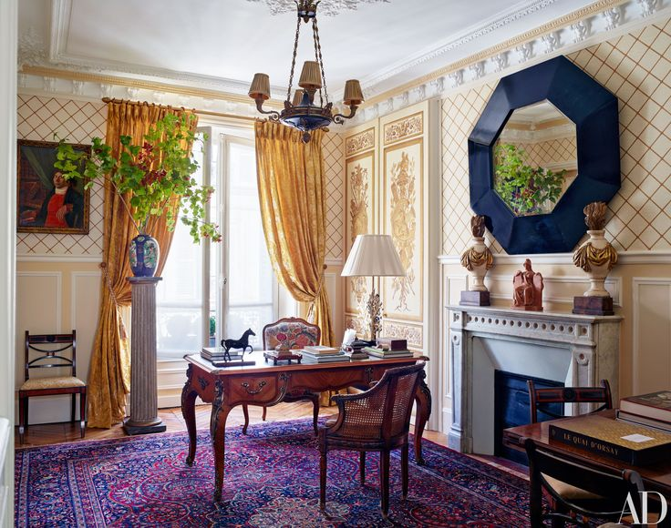 Decorator timothy corrigan invites us inside his paris apartment