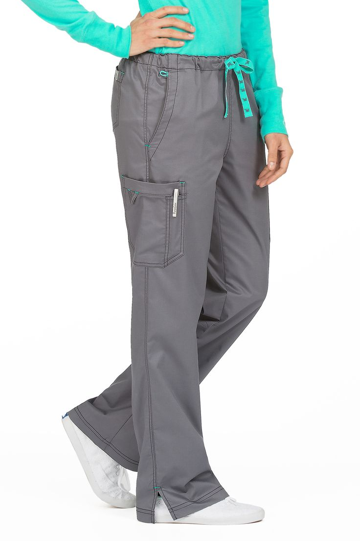 Drawstring pant. Full elastic waist. Straight leg cut. Logo on drawstring. EZ-Flex Twill that provides comfort and durability. For petite lengths click here. 55% Cotton / 42% Polyester / 3% Spandex Cl
