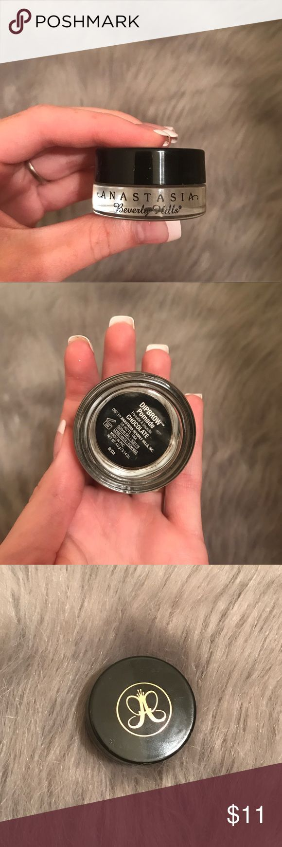Anastasia Dip Brow Pomade (Color Chocolate) AUTHENTIC! Used but sanitized and ready to go, there's still more than half of the product in there. My hair is red so I finally gave in and bought a different color. Anastasia Beverly Hills Makeup Eyebrow Filler