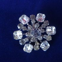 Beautiful Rhinestone Brooch  unsigned no stones missing size 1 3/4""