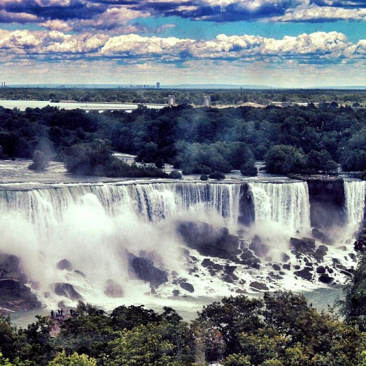 Niagara Falls by @jbleakley2