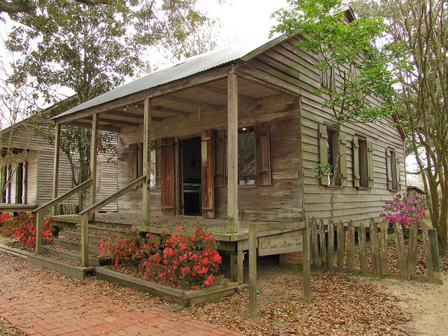 14 best cajun images on pinterest cabin cottage and for Cajun cottages