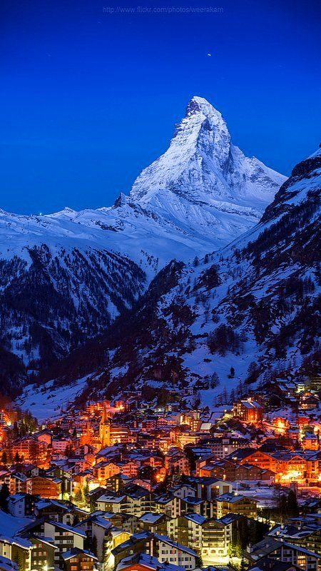 Good night Matterhorn.. Zermatt, Switzerland (by Weerakarn on Flickr)