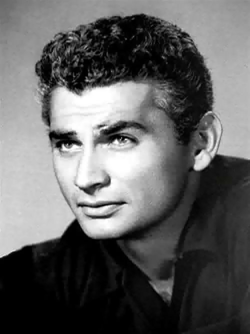 Jeff Chandler -One of my favorite  Actors growing up.  Still is.  How handsome!!!
