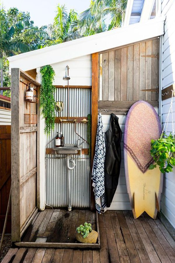 43 Indoor Outdoor Showers That Will You To Small Paradise In 2020 Beach House Decor Beach House Interior Outdoor Bathroom Design