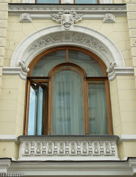 """""""Москва без бань - не Москва"""", писал Гиляровский, а главный """"банный дворец"""" столицы - Сандуновские бани на Неглинной. Первые """"Сандуны"""" были построены в 1805-1808…"""