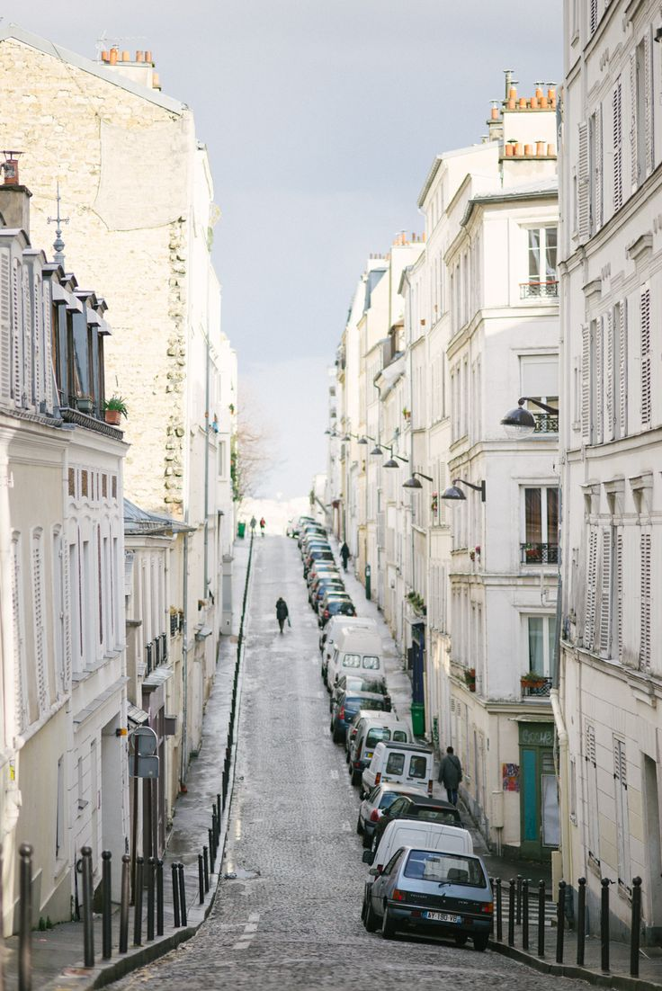The streets of montmartre.