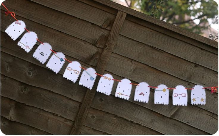 Ghosties Garland by KirstyNeale #Halloween