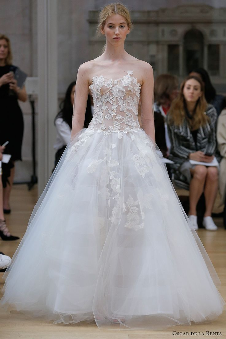 Oscar De La A Spring 2018 Bridal Strapless Sweetheart Neckline Heavily Embellished Bodice Tulle Skirt Line Wedding Dress Open Back Chapel