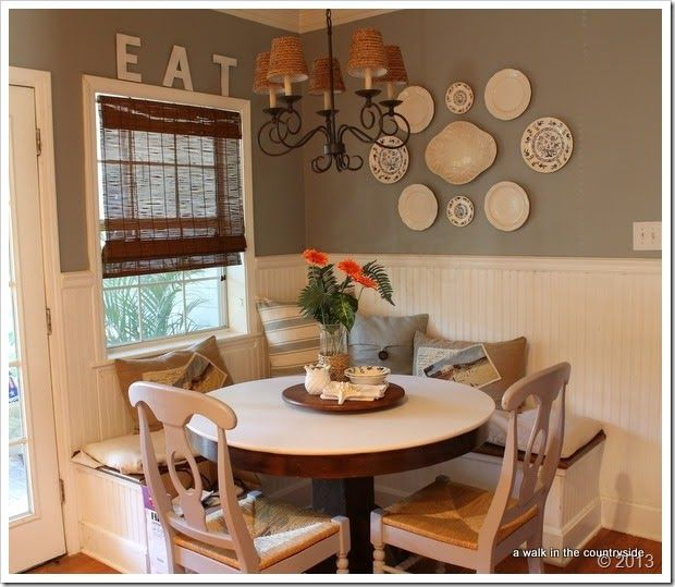 Breakfast area with banquet seating diy home decor for Wall designs for dining area