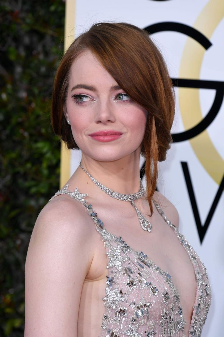 Emma Stone in Valentino at 2017 Golden Globe Awards in Beverly Hills