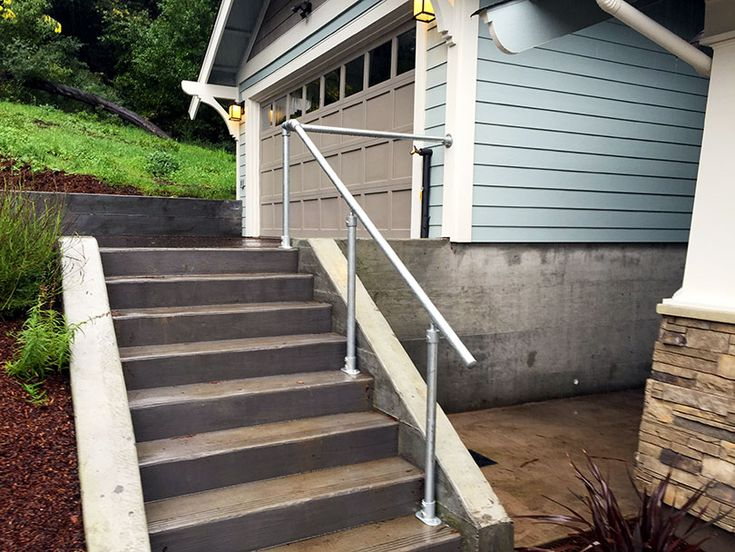 Do It Yourself Home Design: 245 Best Pipe Railing Images On Pinterest