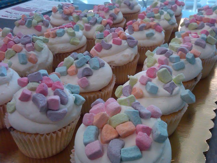 lucky charms cupcakes. | baking. | Pinterest
