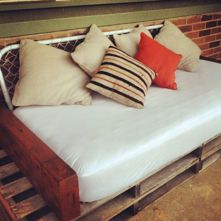 32 Best Images About Daybeds On Pinterest