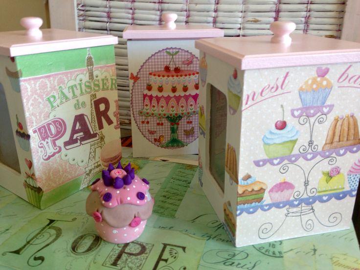 Cajas de cookies/ carameleras con tapa y visor de vidrio