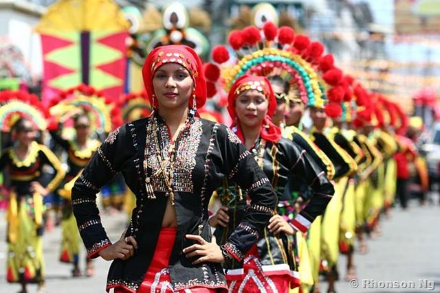 Kadayawan Festival, Davao City Philippines -It is a celebration of Good Harvest! This globally famous festival is a weeklong celebration and thanksgiving for nature's bountiful harvest. Kadayawan Festival is being celebrated every 3rd Week of August.