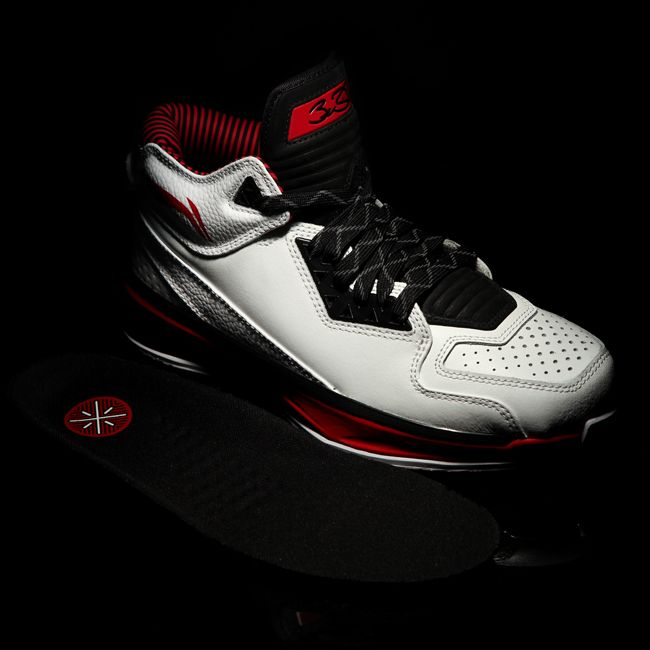 COLLECTORS ITEM ALERT! To commemorate the success and history of Overtown, Dwayne Wade and Way of Wade Shoes proudly offers you the Overtown 2.0 basketball shoe in a traditional white, black, and red color scheme. Highlights include white leather uppers, a smooth mesh collar, fine attention to detail and Dwyane Wade's personal endorsements. Find genuine Way of Wade Overtown 2.0 shoes here for only $159 www.wayofwadeshoes.com #MakeYourOwnWay