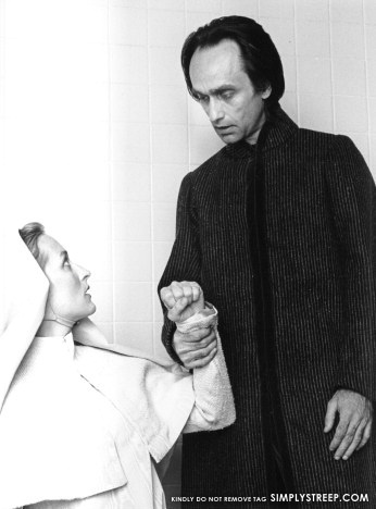 1976: Streep with John Cazale in the NY stage production of Shakespeare's 'Measure For Measure'.