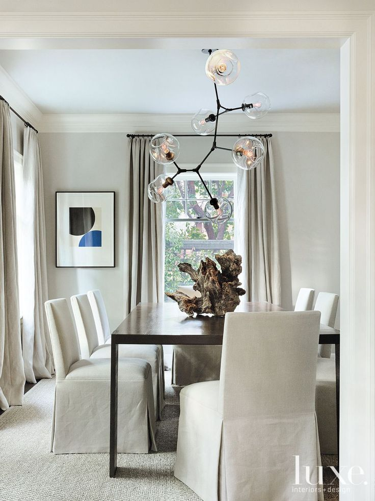 The dining room is an exercise in