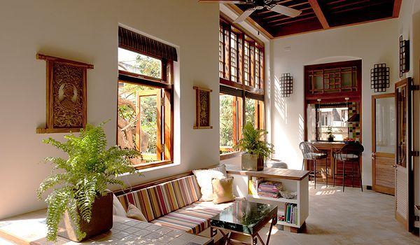 An Elegant And Spacious Period Flat Colaba, Mumbai
