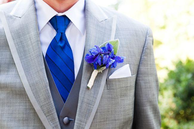 Bright Blue Morven Park Plantation Wedding - http://fabyoubliss.com/2014/11/20/bright-blue-morven-park-plantation-wedding