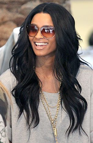 If I were ever to weave my hair, this is the look, length, and color I'd choose. Perfect.