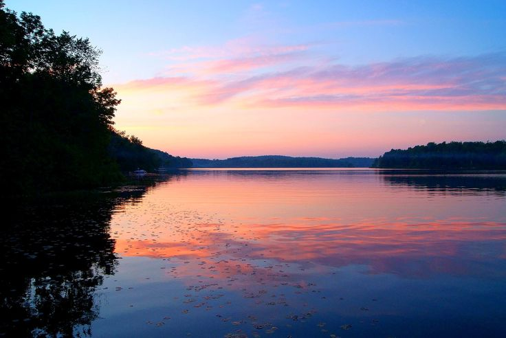Picturesque sunsets at our new Muskoka cottage rental listing (#178).  Does it get any better than this?!