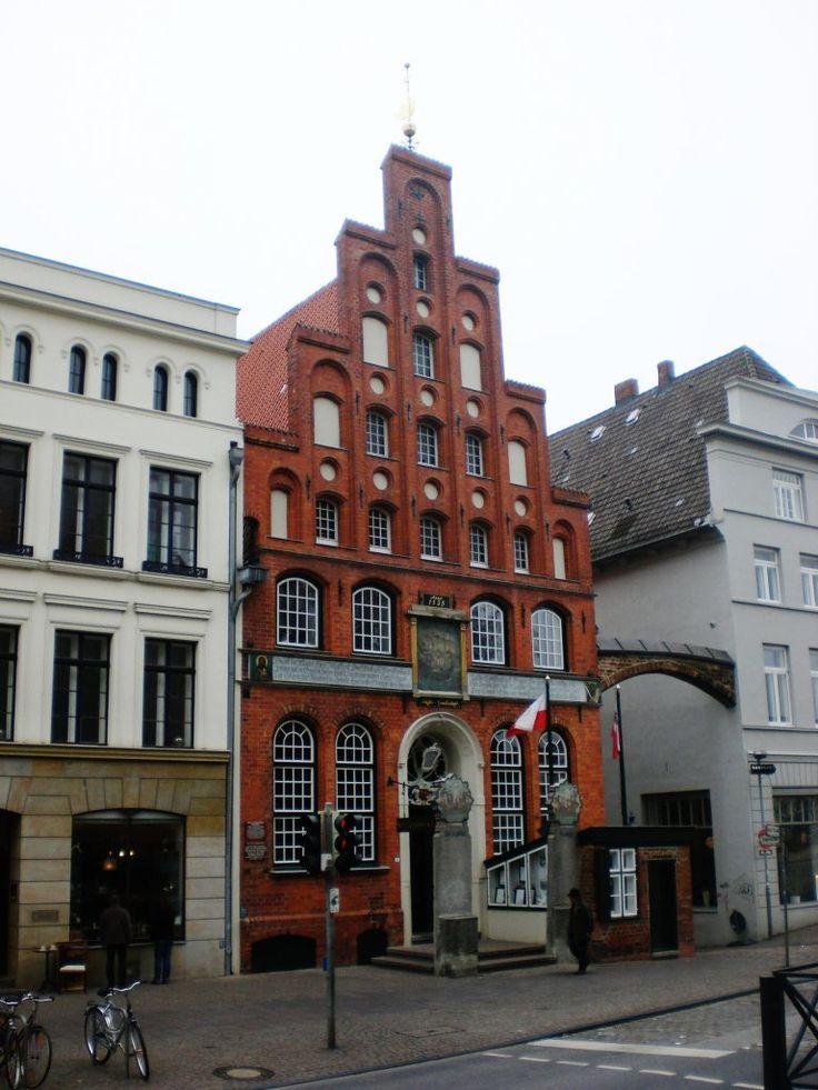 Das Schiffergesellschaftsgebäude in der Lübecker Altstadt.(24.10.2009)