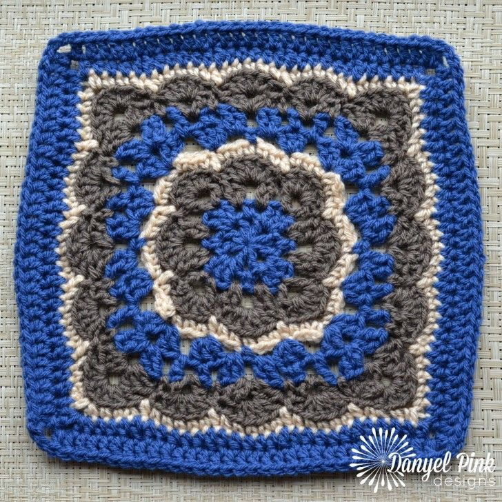 Make this lovely flower square by Danyel Pink Designs with Lion Brand Vanna's Choice! Part of the Moogly 2016 Crochet Along - join now!