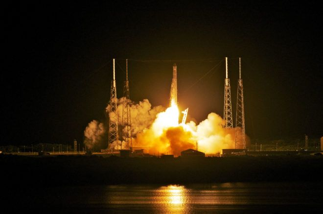 richardhaberkern.com http://soundlazer.com Watch SpaceX Launch Its First Truly Reusable Rocket