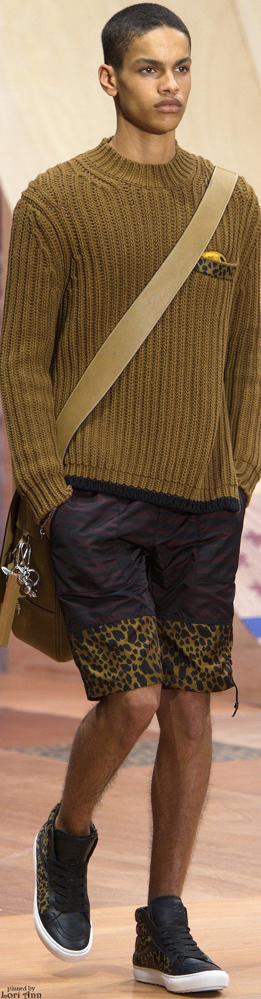 Coach Spring 2016 now this is #Surprising  love this look