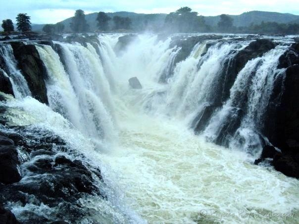 Hogenakkal Falls ....on the Kaveri River in South India