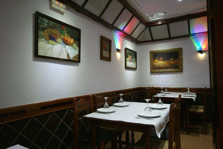 Bar de Tapas de Valencia  http://mylocal-esp.net/esp/valencia/valencia/restaurante-de-cocina-espanola/restaurante-villaplana  C/ Sanchis Sivera 24 46008 963 85 06 13  Restaurante villaplana en Valencia, Valencia