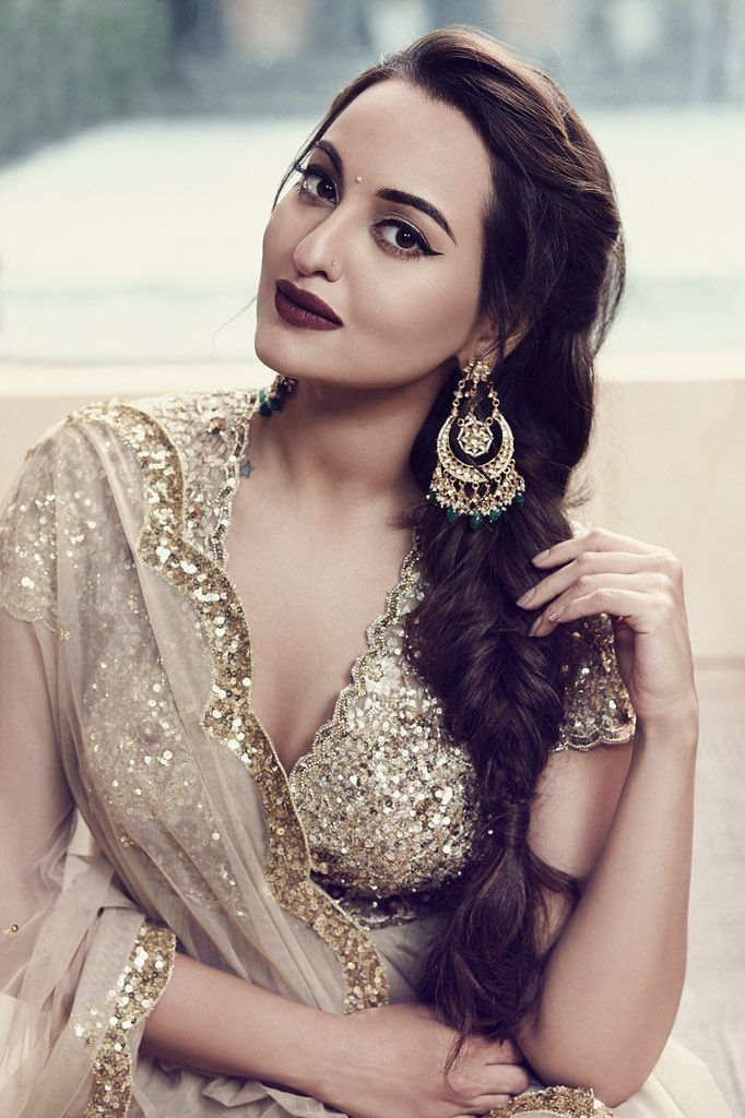 Sonakshi Sinha  Www.topmoviesclub.com  Visit our website and download Hollywood, bollywood and Pakistani movies and music plus lots more. #bollywoodfashion,