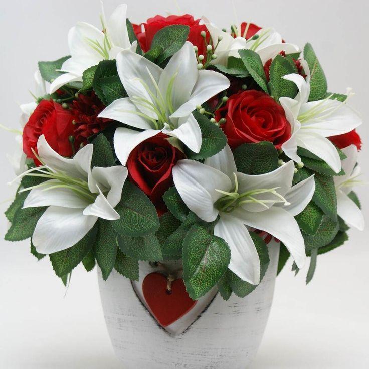 Dragoste adevarata #flori #artificiale #floriartificiale #plante #uscate #planteuscate #floriuscate #decoratiuni #naturale #cadou #unicat #infrumusetare #casa #birou #flowerstagram www.beatrixart.ro