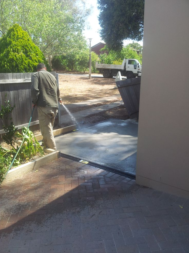 17 best images about second hand pavers on pinterest for Landscape channel drain